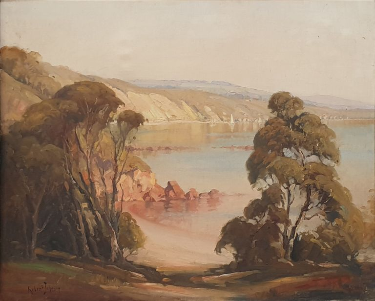 Fossil Bay, Mornington. Robert Johnson.